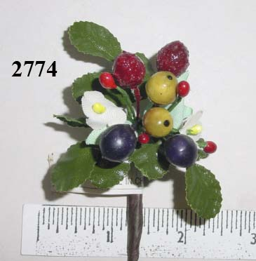 Small Mixed Fruit Cluster