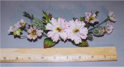 Wreath with 2 Large Blossoms & 6 Small Onesfor hair accessory