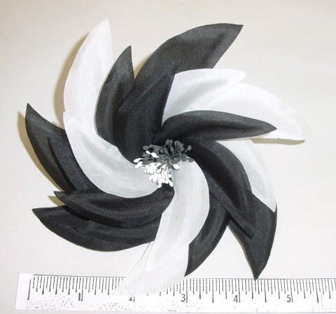 Pin-Wheel Two Color Blossom hat trim