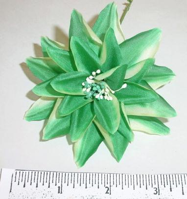 Small Starburst Flower silk floral supply