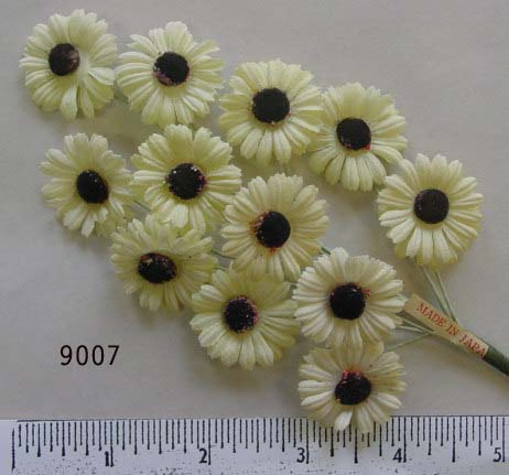 Vintage Small Daisy Spray #9007