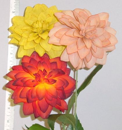 Dahlia -- handcrafted to look real in Germany home d